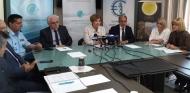 Η Περιφέρεια ενισχύει με εξοπλισμό την Ελληνική Αστυνομία – Συνάντηση του Περιφερειάρχη Απόστολου Κατσιφάρα με την Υπουργό Προστασίας του Πολίτη Όλγα Γεροβασίλη