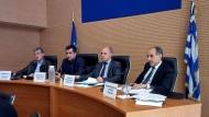 Η επέκταση του Προαστιακού Σιδηροδρόμου και οι παρεμβάσεις βελτίωσης οδικών αξόνων στο Περιφερειακό Συμβούλιο