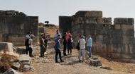 Στις εργασίες αποκατάστασης του Αρχαίου Θεάτρου Πλευρώνας ο Περιφερειάρχης, Νεκτάριος Φαρμάκης