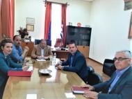 Τα κίνητρα για την αναδιάρθρωση καλλιεργειών κορινθιακής σταφίδας στο επίκεντρο της συνάντησης Θ. Βασιλόπουλου - Δ. Καλογερόπουλου