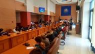 Μικροί μαθητές σε ρόλο Περιφερειακών Συμβούλων- Απόστολος Κατσιφάρας: «Σας ακούμε, μαθαίνουμε»