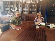 Συνάντηση της Αντιπεριφερειάρχη με τον νέο Διοικητή του 2/39 Συντάγματος Ευζώνων