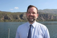 Ν. Κοροβέσης: «Ανακούφιση για χιλιάδες επαγγελματίες και συμβολή στην προστασία της δημόσιας υγείας η ΚΥΑ για τις παραχωρήσεις σε παραλίες»