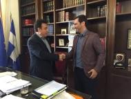 Επαφές βοηθού περιφερειάρχη σε θέματα Ολυμπισμού και Αθλητισμού Δημήτρη Νικολακόπουλου με το δήμαρχο Πύργου Τάκη Αντωνακόπουλο και αθλητικούς παράγοντες