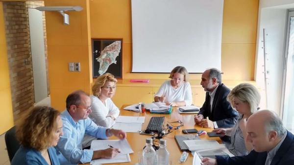 Σύσκεψη για τη διαχείριση των  στερεών και υγρών αποβλήτων στην ΠΔΕ
