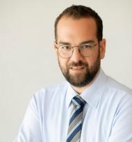 Προσκλητήριο Ν. Φαρμάκη στον επιχειρηματικό κόσμο της Δυτικής Ελλάδας για τη στήριξη των νοσοκομείων και των ευάλωτων κοινωνικών ομάδων