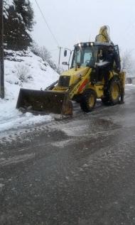 Σε εξέλιξη τα έντονα καιρικά φαινόμενα – Συνεχίζονται οι χιονοπτώσεις στα ορεινά